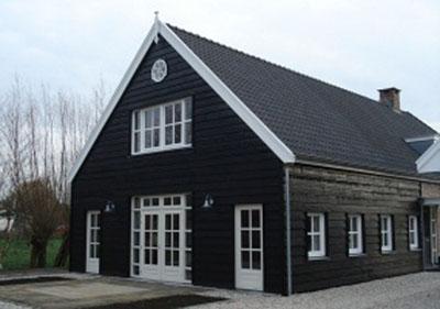Potdeksel Zweeds rabat zwart gevelbekleding